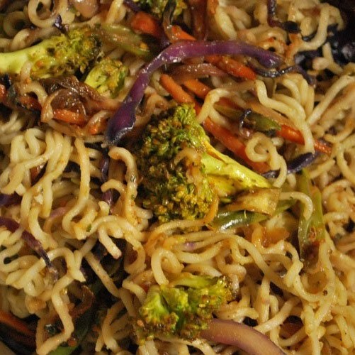 Broccoli & Mushroo Cheese Maggi