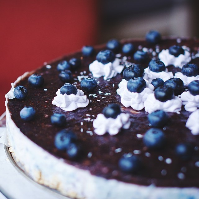 Blue Beery Cake