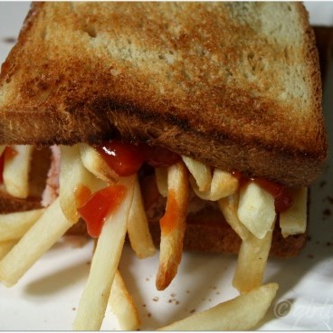 French Fries Grilled Sandwich