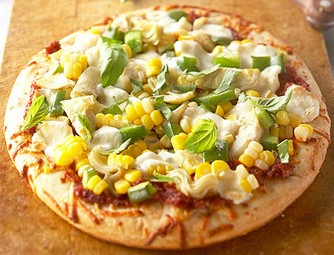 capsicum + sweetcorn pizza