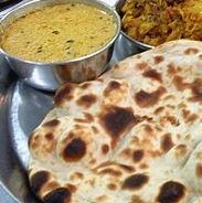 Amritsari Naan + Dal / Cholley