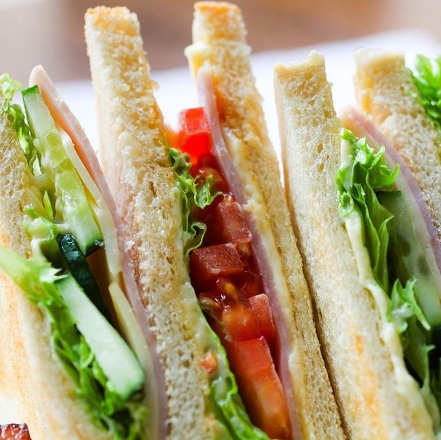 Veg. Kachumber Sandwich
